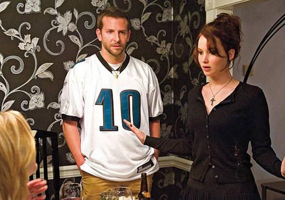 Tratto dal romanzo di Matthew Quick e giunto fino all Oscar grazie alla  presenza di una Jennifer Lawrence meravigliosa d intensità e seduzione 348166459388